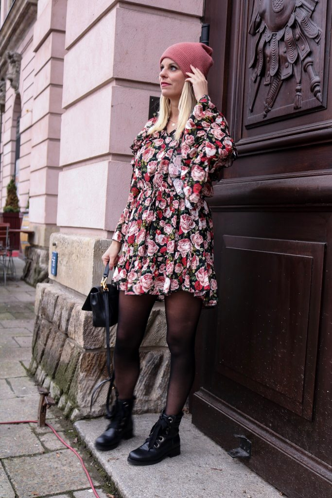 Blümchenkleid Winterkleid Flowerprint