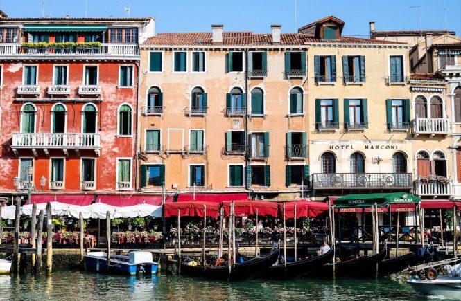 Italy Roadtrip , Wassertaxi Venedig