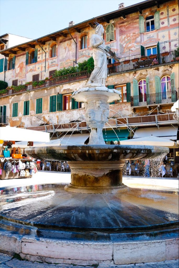 Plätze in Verona