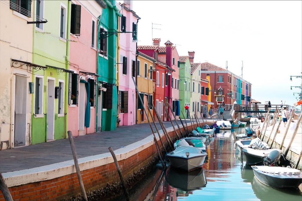 Kanal Burano, bunte Häuser Burano, bunteste Stadt der Welt