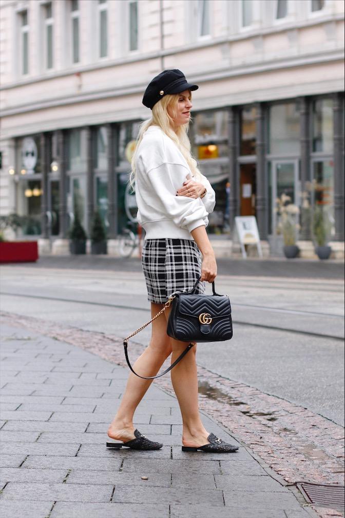 Sweatshirt Cherie H&M, Gucci Marmont, Karorock Zara