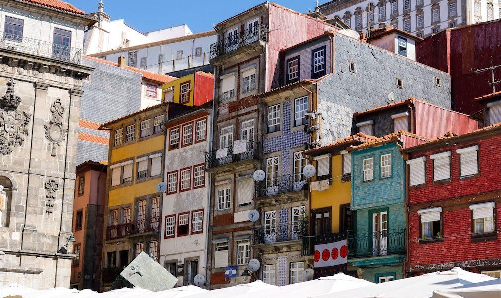 Ribeira Porto bunte Häuser Porto Portugal Citytrip Reiseblog Porto