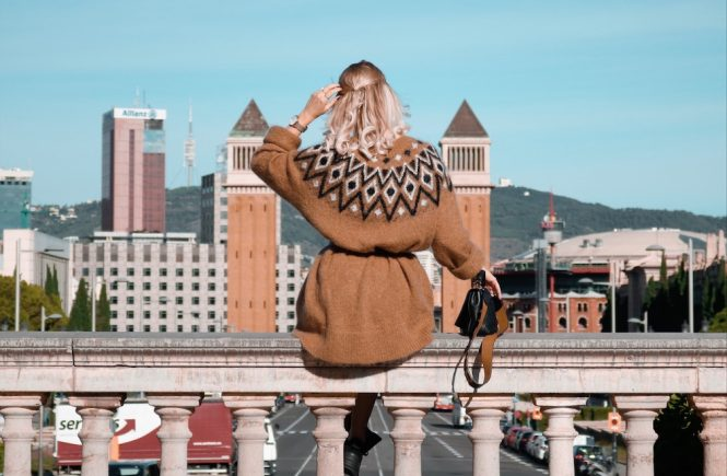 Placa Espanya Barcelona,Aussicht Barcelona, Norweger Pulli H&M