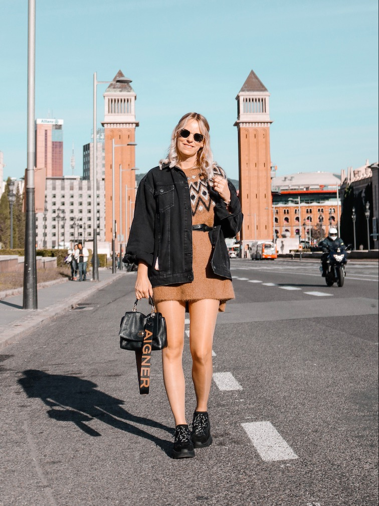 Placa Espanya Barcelona,Aussicht Barcelona, Norweger Pulli H&M, Ash Sneaker schwarz
